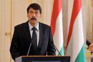 رئيس جمهورية المجر: «نمتلك تكنولوجيا حديثة لإعادة تدوير المخلفات الصناعية »