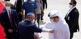 الإمارت وإسرائيل توقعان اتفاقية تسمح بحرية التنقل بين البلدين